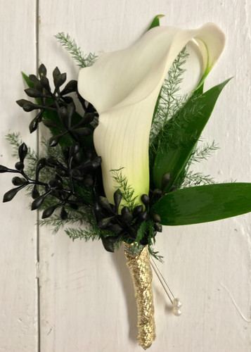 Calla lily boutonniere with black seeded eucalyptus