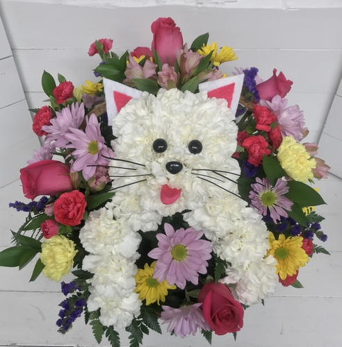 """Kitty Cat in a Basket"" Fresh Arrangement"