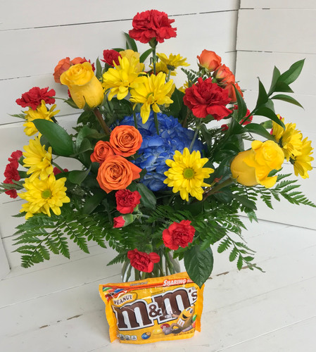"""""""Peanut M&M's Lover"""" Fresh Vase Arrangement with 10.7 Ounce bag of candy"""