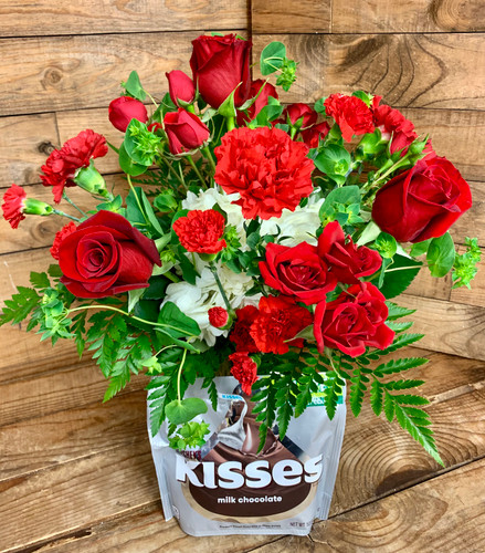 """""""Hershey's Kisses Lover"""" Fresh Vase Arrangement with 10.8 Ounce Bag of Candy"""