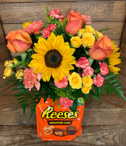 """Reese's Cups Lover""  Fresh Arrangement With 10.5 Ounce Bag Of Candy"