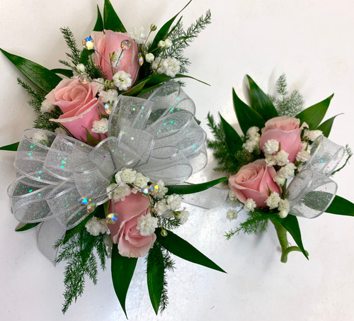 3 Sweetheart Wrist Corsage and 2 Sweetheart Boutonniere Combo