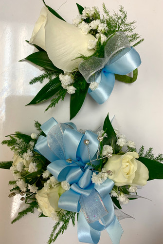3 Sweetheart Wrist Corsage and Standard Rose Boutonniere Combo