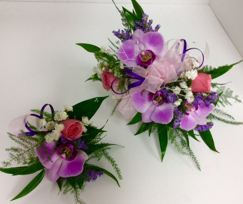 Orchid and sweetheart rose wrist corsage and boutonnière