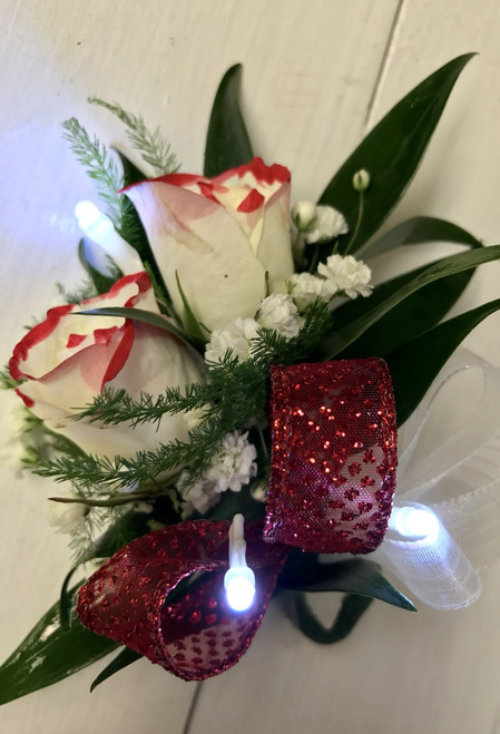 Tipped sweetheart Boutonnière with LED  lights