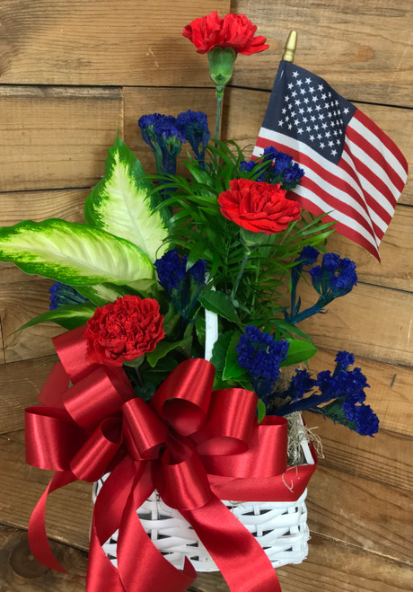 Small Patriotic Planter with Fresh Cuts and Flag