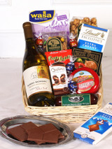 Wine gift basket with meat and cheese