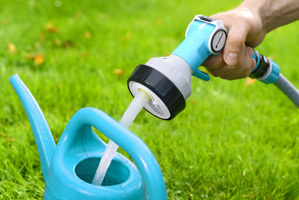 4-functional Garden Hand Sprinkler Gun with Graduated Water Flow Regulation