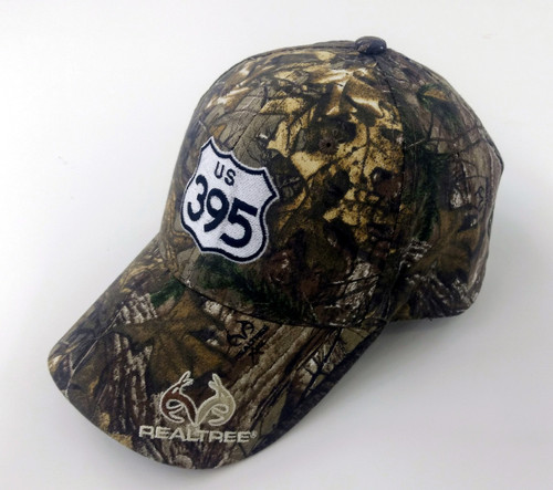 Features RealTree Camo