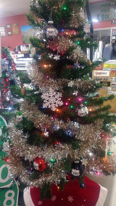 395 Christmas Holiday Ornaments