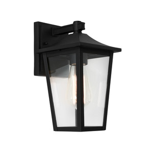 York is a Traditional Exterior Wall Light with Clear Glass Panels and Stunning Black Finish. Perfect for Entranceways and Exterior Walls.