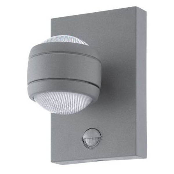 The SESIMBA exterior series has dual light sources to emit an indirect light in your outdoor living area.