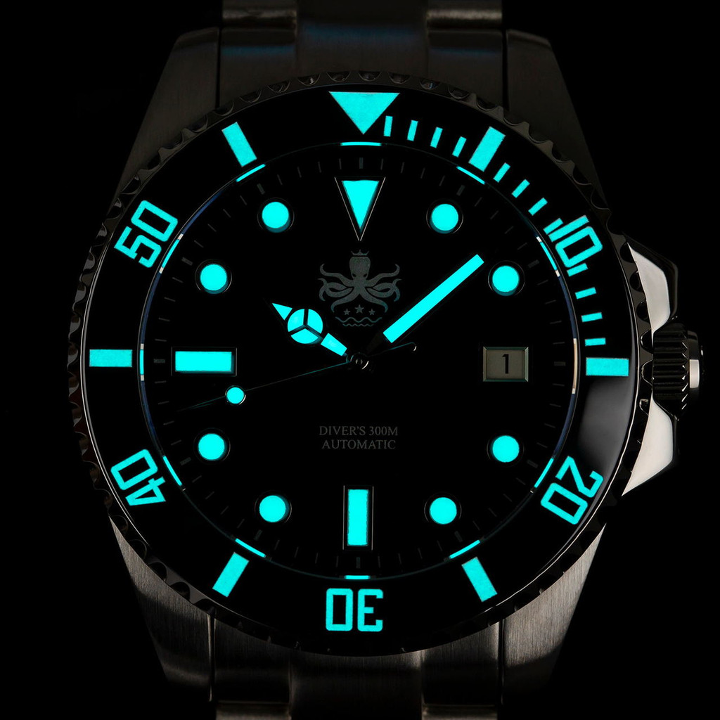PHOIBOS PY007C 300M Automatic Diver Watch Black