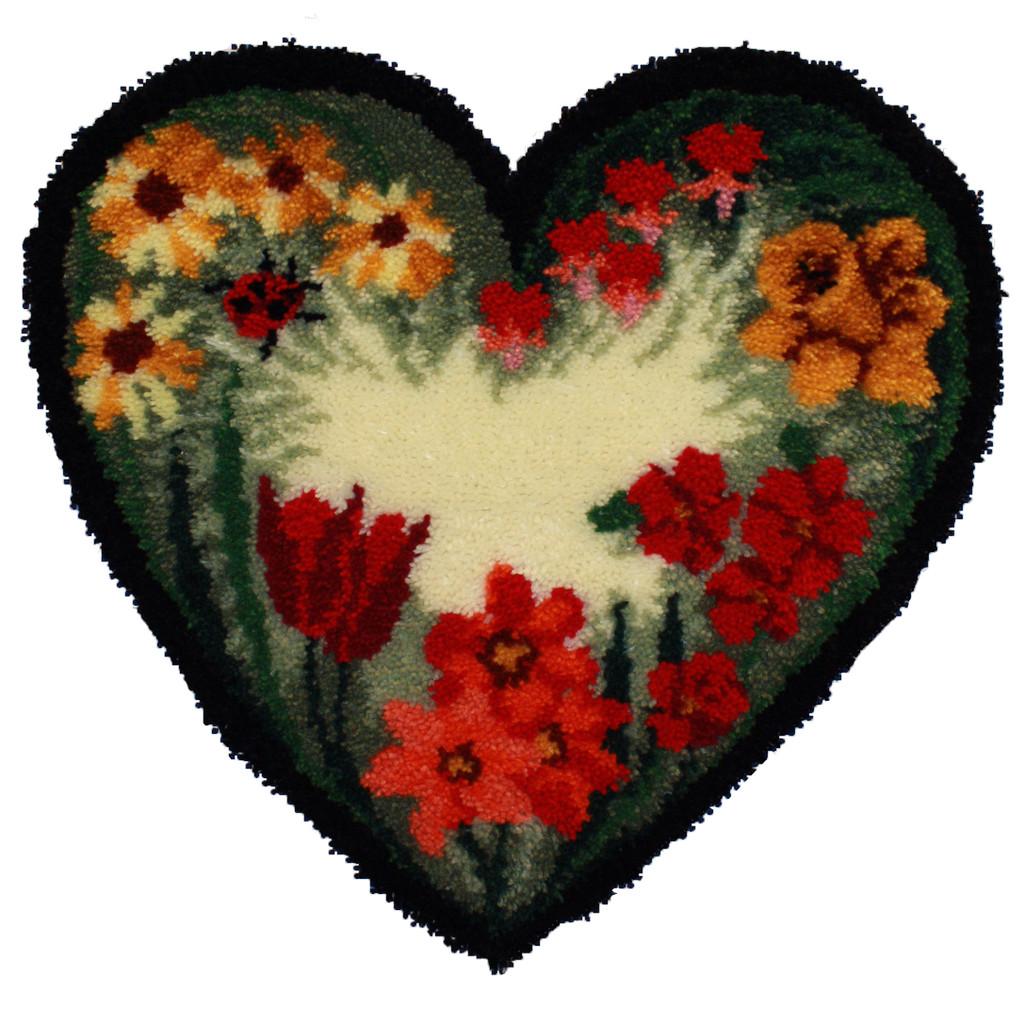 Summer Floral Heart Latch Hook Rug Kit