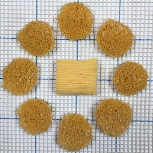 Light Gold Pre-cut Latch Hook Yarn