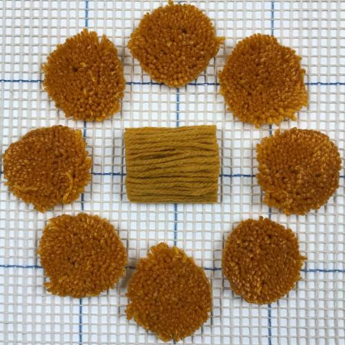 Medium Gold Pre-cut Latch Hook Yarn