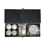 Spa gift box with body butter with a fresh crisp unisex fragrance, a scented sachet and 4 bath bombs