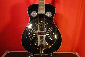Regal RD40B Black Resonator