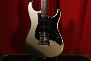 1986 Fender Contemporary Stratocaster (MiJ) w/ Hard Case