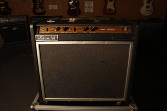 Vintage Standel Solid State 1X15 Bass Ampliflier (Used)