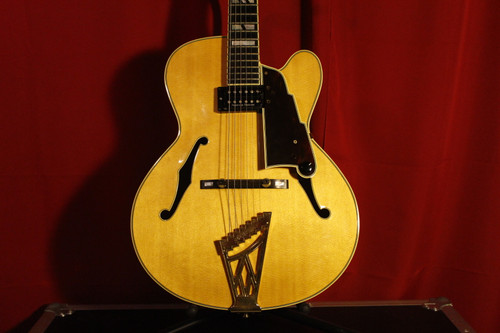 D'Angelico 2002/2003 NY52 New Yorker w/ Case