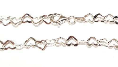 MCL060 - 5mm Heart Link Bracelet