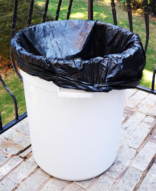 "45-50 Gallon 40"" x 48"" High Density Trash Can Liner 22 Micron Black"