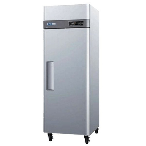 Turbo Air M3R19-1 1 Solid Door Refrigerator 20 Cu.Ft.
