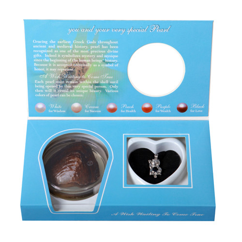 Pearl in Oyster Gift Set w/Lucky Cat Pendant