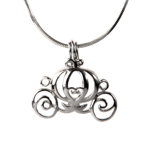 Pearl in Oyster Necklace Set w/Chariot Pendant