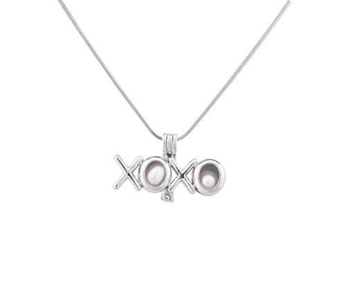 Pearl in Oyster Gift Set w/XOXO Pendant