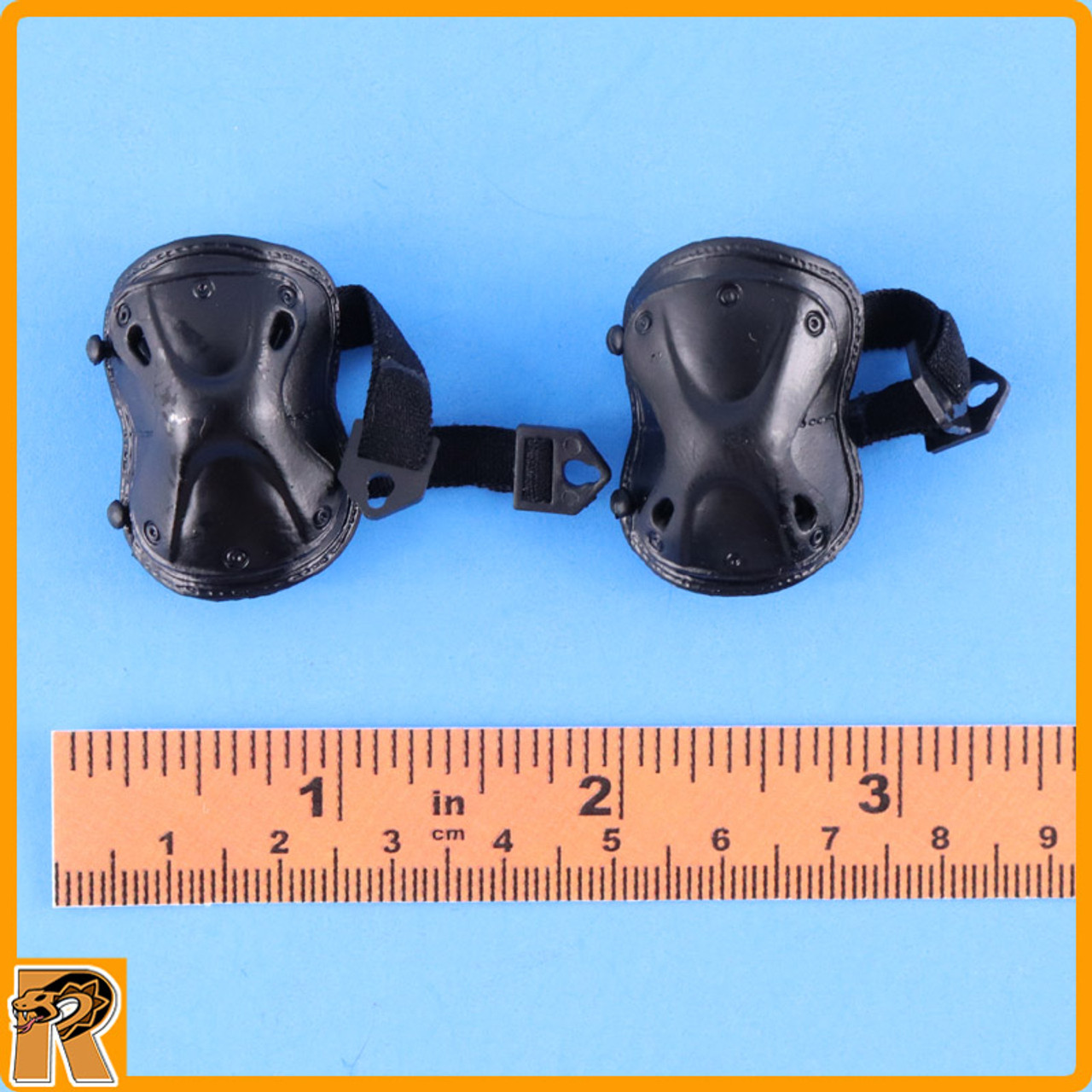 CIA Armed Agents - Knee Pads - 1/6 Scale -