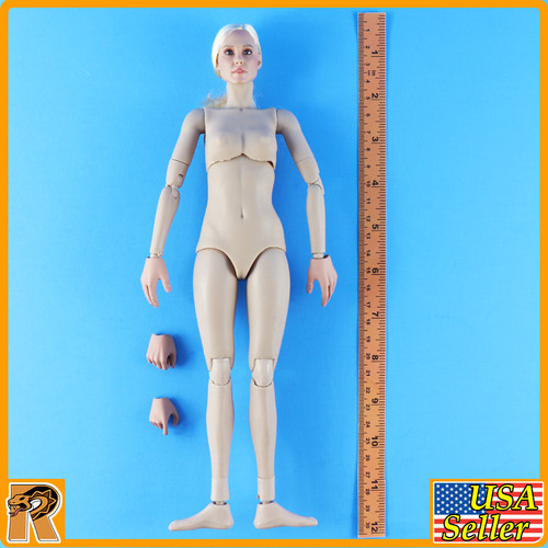 1//6 Scale Very Cool Eighth Route Female Medic Female Nude Figure w// Braids