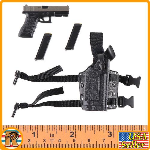 Miss Spetsnaz - Pistol & Leg Holster - 1/6 Scale -