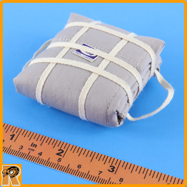 Eighth Route Female Medic - Bedroll Pack - 1/6 Scale