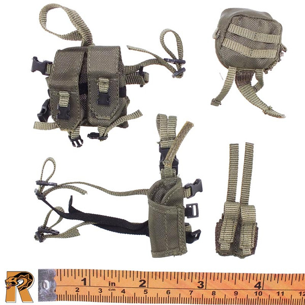 CT014 Military Female - Holster & Pouches B - 1/6 Scale -