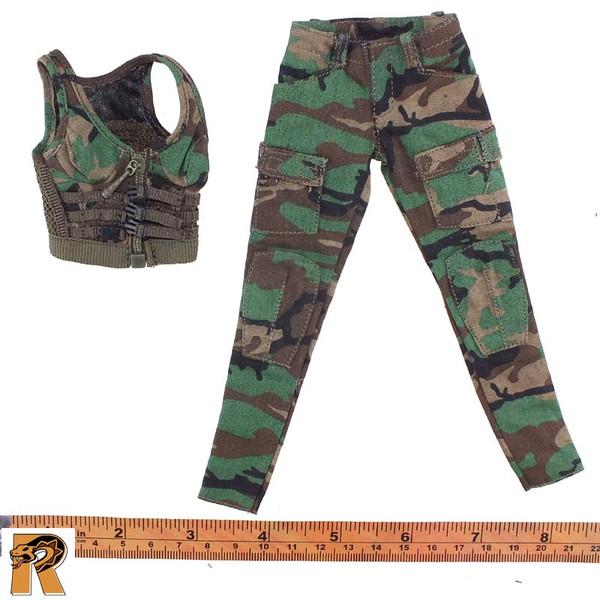 CT014 Military Female - Green Uniform B - 1/6 Scale -