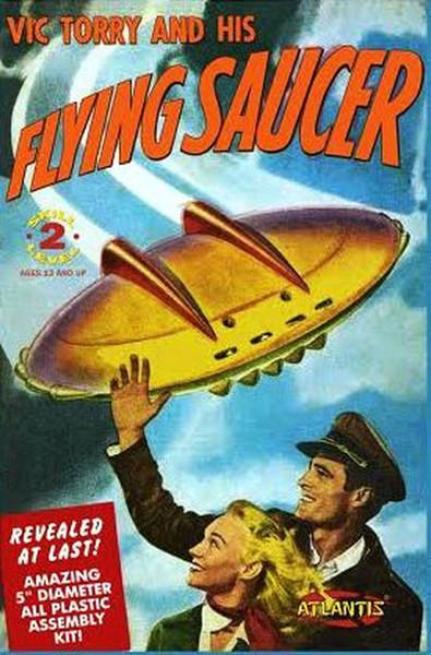 Atlantis Models Vic Torry's Flying Saucer Comic Plastic Model Kit AMC1009