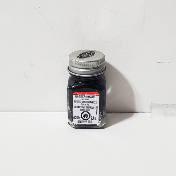 Testors Flat Black Enamel Paint .25oz #1149 RM1149