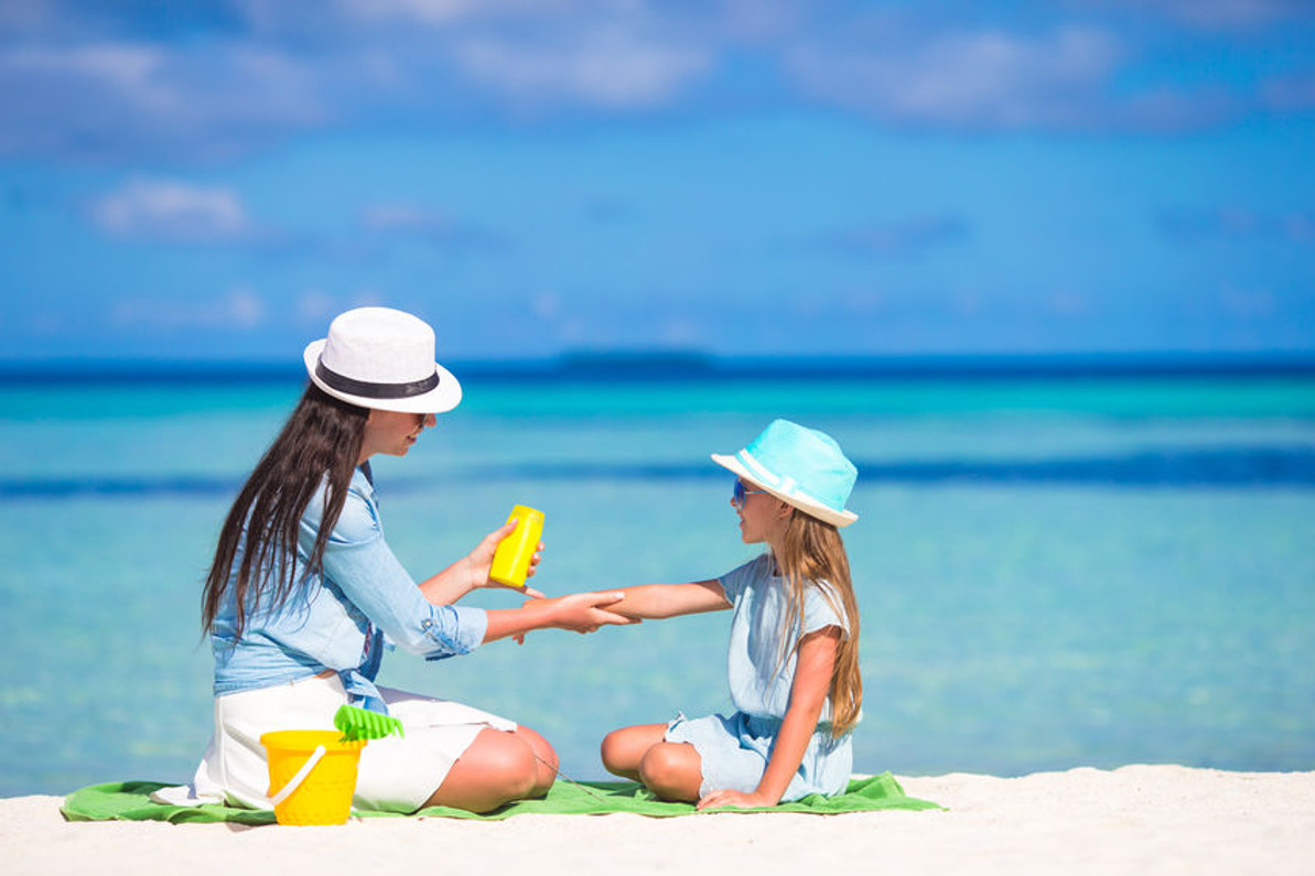 How to Make Sure Your Sunscreen is Healthy