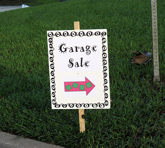edited-2010-8-1-garage-sale-sign-for-website-004.jpg
