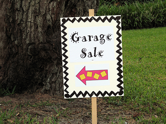 edited-garage-sale-sign-for-website-001.jpg