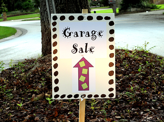 edited-garage-sale-sign-for-website-011.jpg