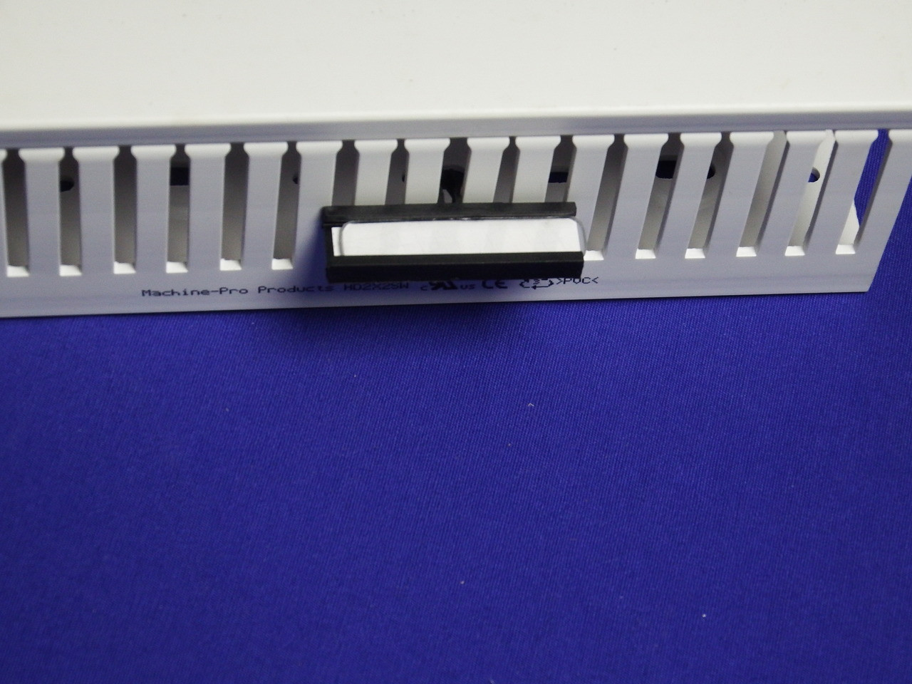 Nameplate - Thin Finger Wiring Duct