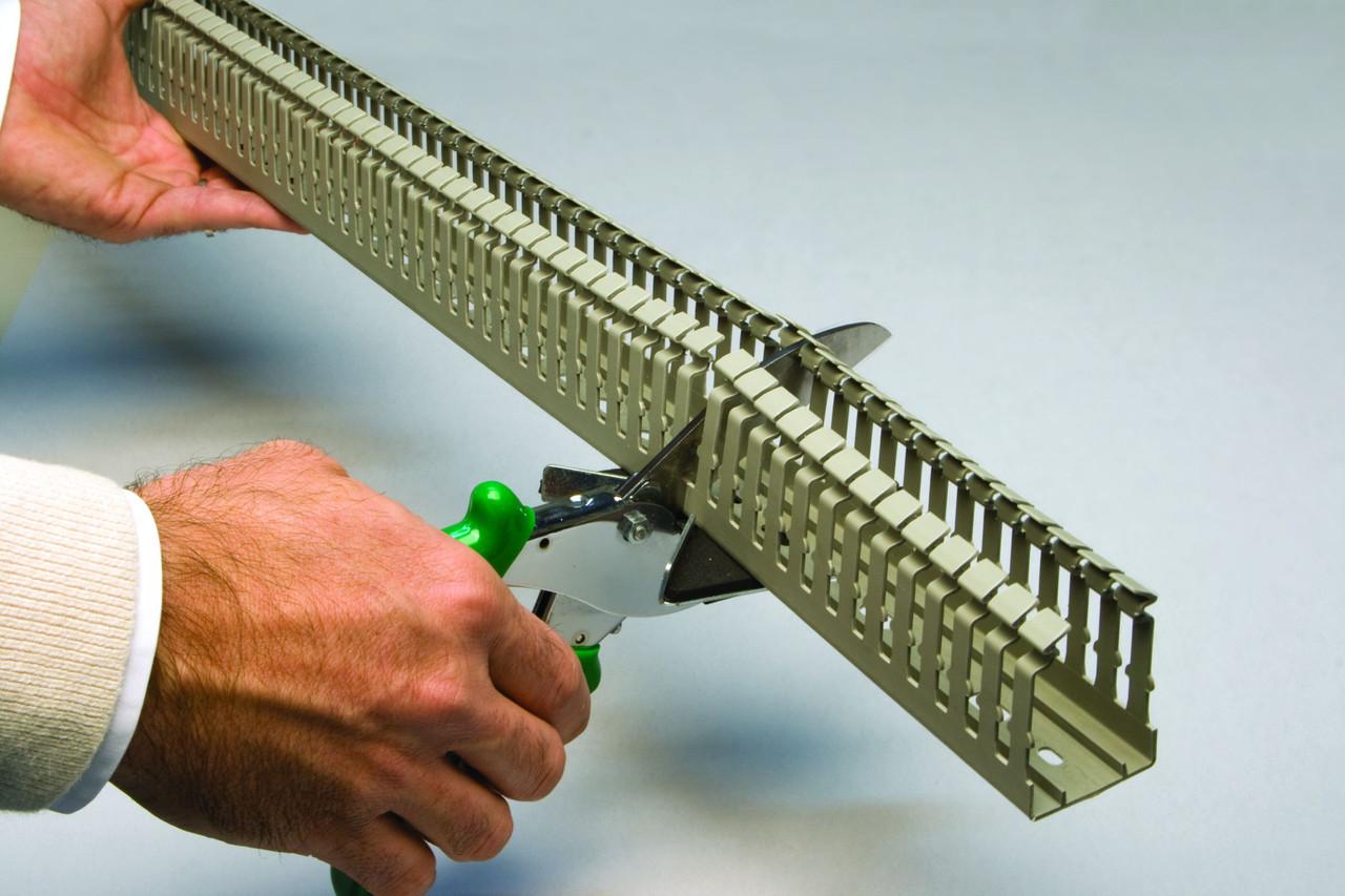 KTC hand held wiring duct cutter