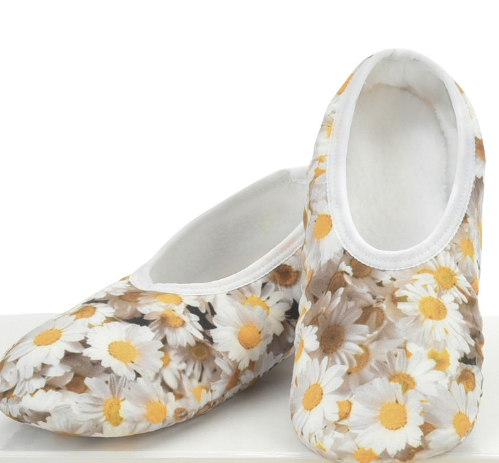 Picture Perfect Skinnies® Snoozies!® Slippers - Daisies/White
