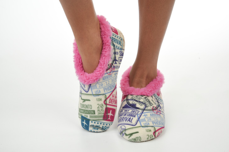 Women's Soft Plush Snoozies!® Slippers - Travel/ Pink