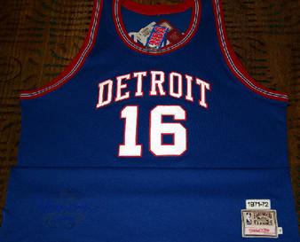 M & N Auth. '71-72 Bob Lanier #16 Detroit Pistons Road Jersey