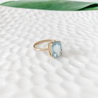 14K Gold Aquamarine Ring