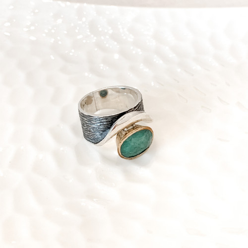 Sterling Silver Ring with Brazilian Emerald and 24k Gold